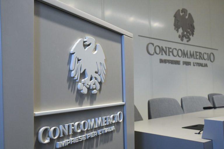 CONFCOMMERCIO, A SETTEMBRE PEGGIORA L'INDICE DEL DISAGIO SOCIALE