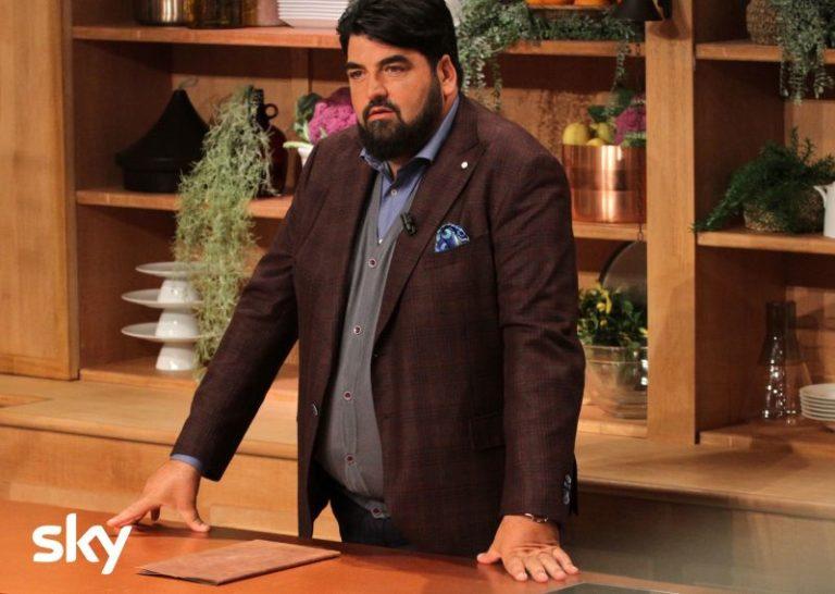 "CANNAVACCIUOLO TORNA IN TV CON ""ANTONINO CHEF ACADEMY"""