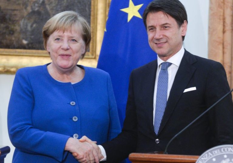 """CONTE-MERKEL """"SERVE GESTIONE EUROPEA DEI MIGRANTI"""""""