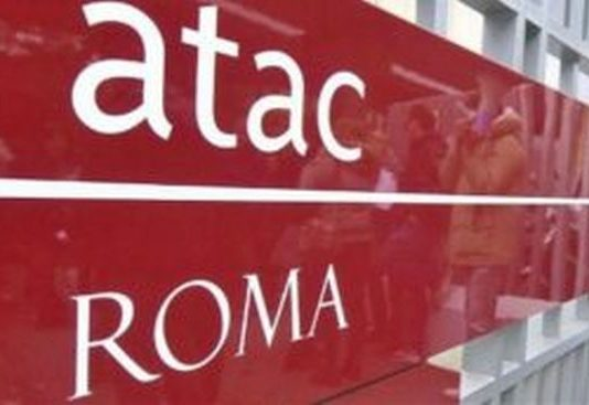A ROMA IN FIAMME BUS NOTTURNO ATAC, NESSUN FERITO