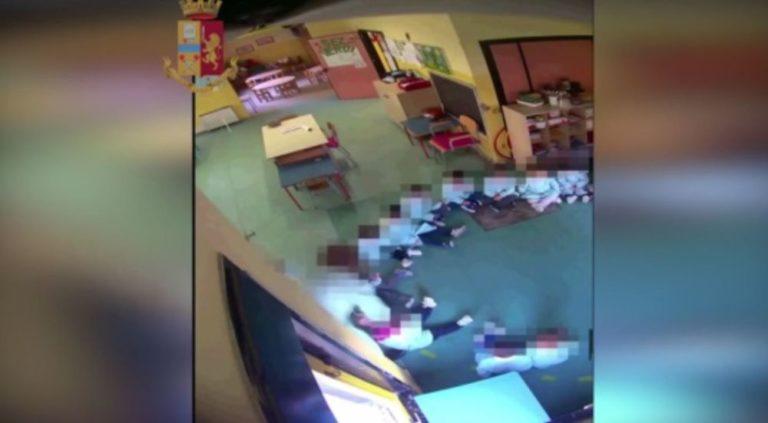 Insulti e botte a bimbi dell'asilo, arrestate due maestre
