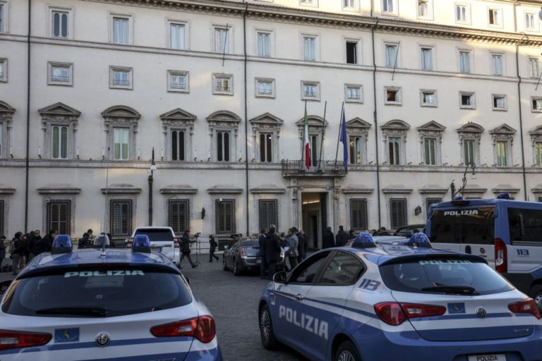 "'Ndrangheta, blitz contro la cosca ""Labate"", 14 arresti"