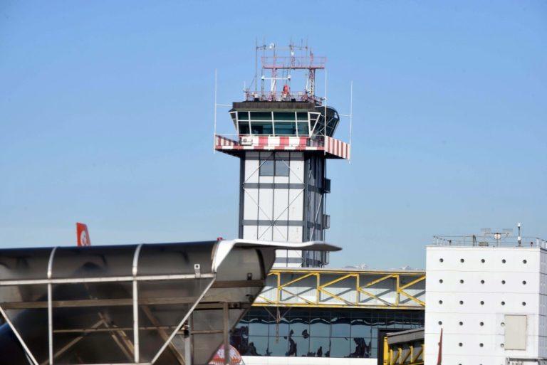 Coronavirus, sospesi i collegamenti aerei Italia-Cina