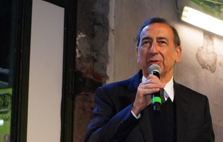Coronavirus, sindaco Milano propone chiusura scuole per una settimana