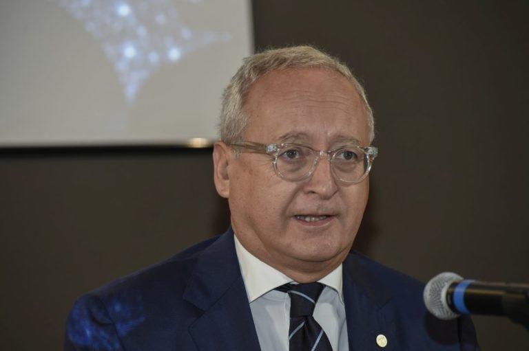 """Casasco lancia appello ai medici Fmsi """"Diamo un contributo al Paese"""""""