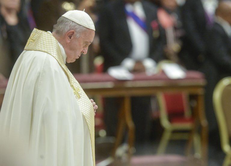 Vaticano, il Papa vara nuove norme per appalti più trasparenti