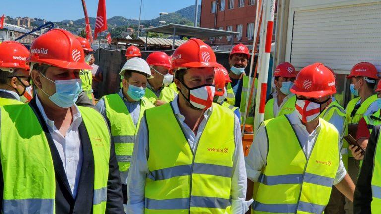 """Salvini """"Il modello Genova l'unico per ripartire"""""""