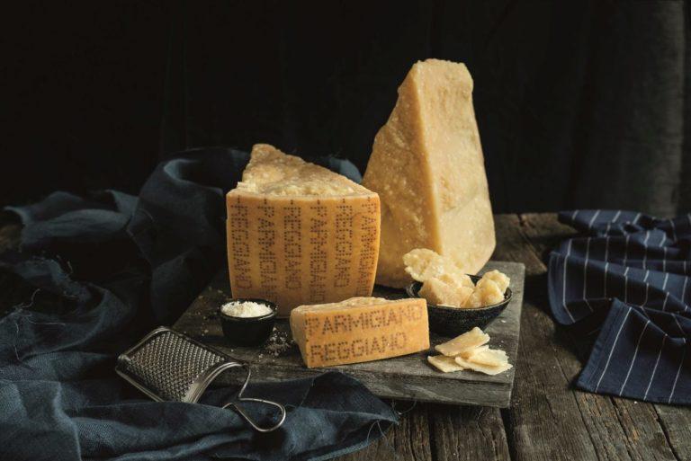 Parmigiano Reggiano, varate le misure per il riequilibrio del mercato