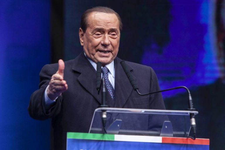 """Mes, Berlusconi """"Voteremmo sì per il bene del Paese"""""""
