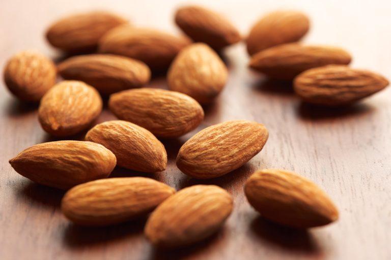 Mandorle, effetti positivi su problemi cardiovascolari, diabete e peso
