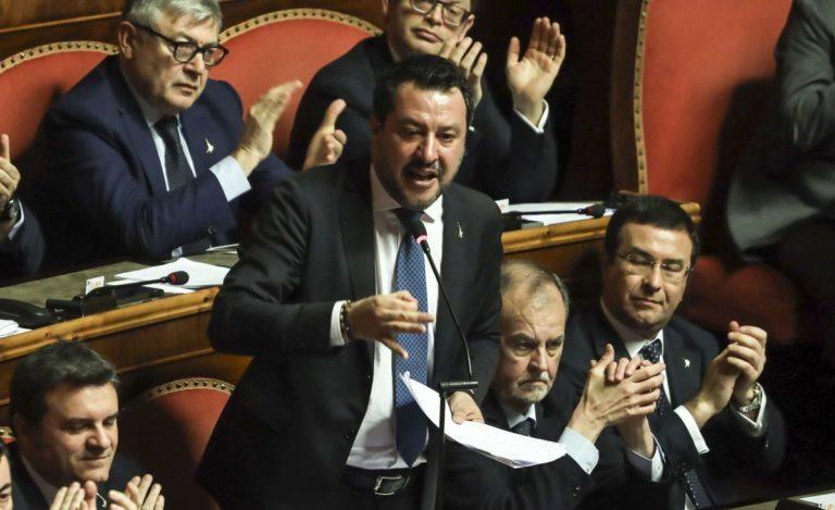 """Coronavirus, Salvini al Governo """"Non potete ricattare il Paese"""""""